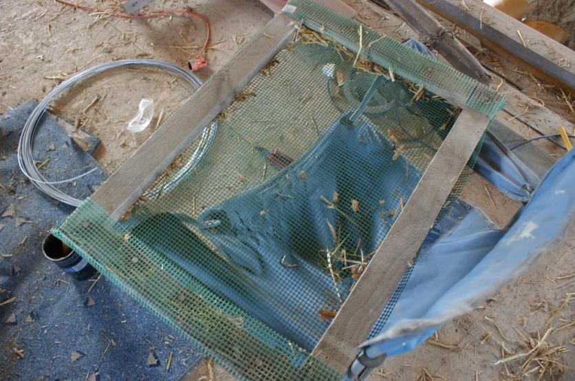 A quick invention for sifting the straw for the clay mix