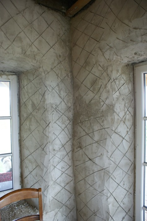 Who said I walls aren't straight!
